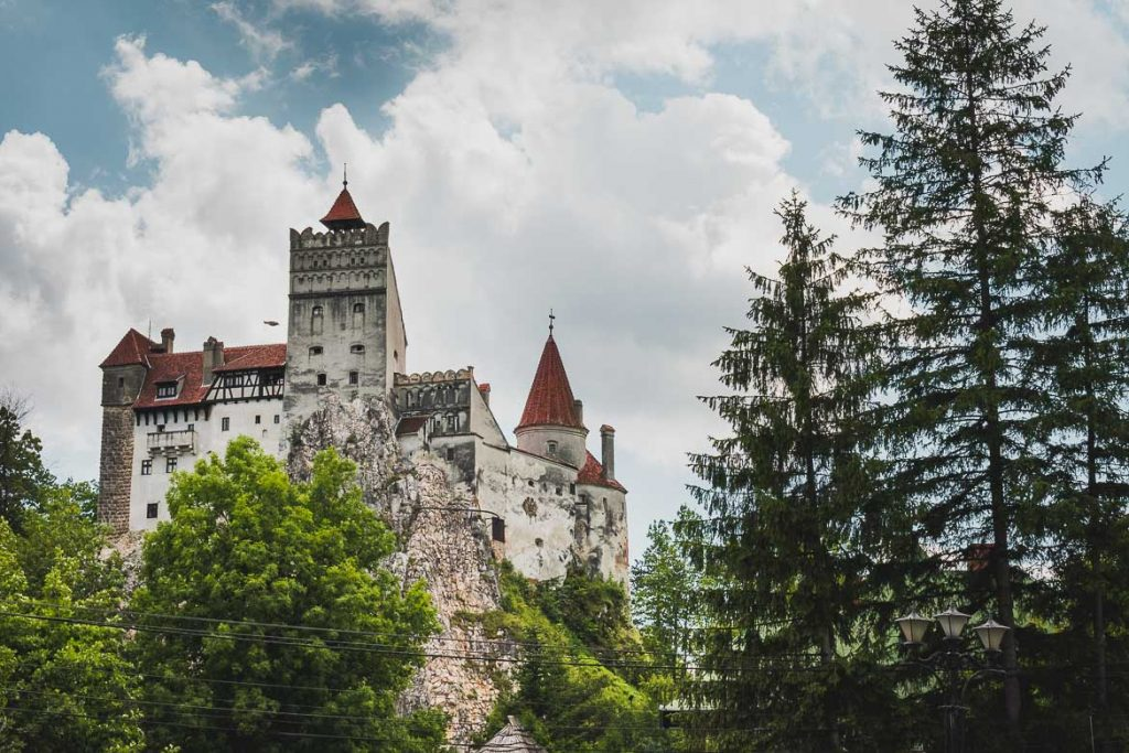 How to plan the perfect half day trip from Brasov to Bran Castle. Tips and inspiration to help you make the most of your visit to Castelul Bran.