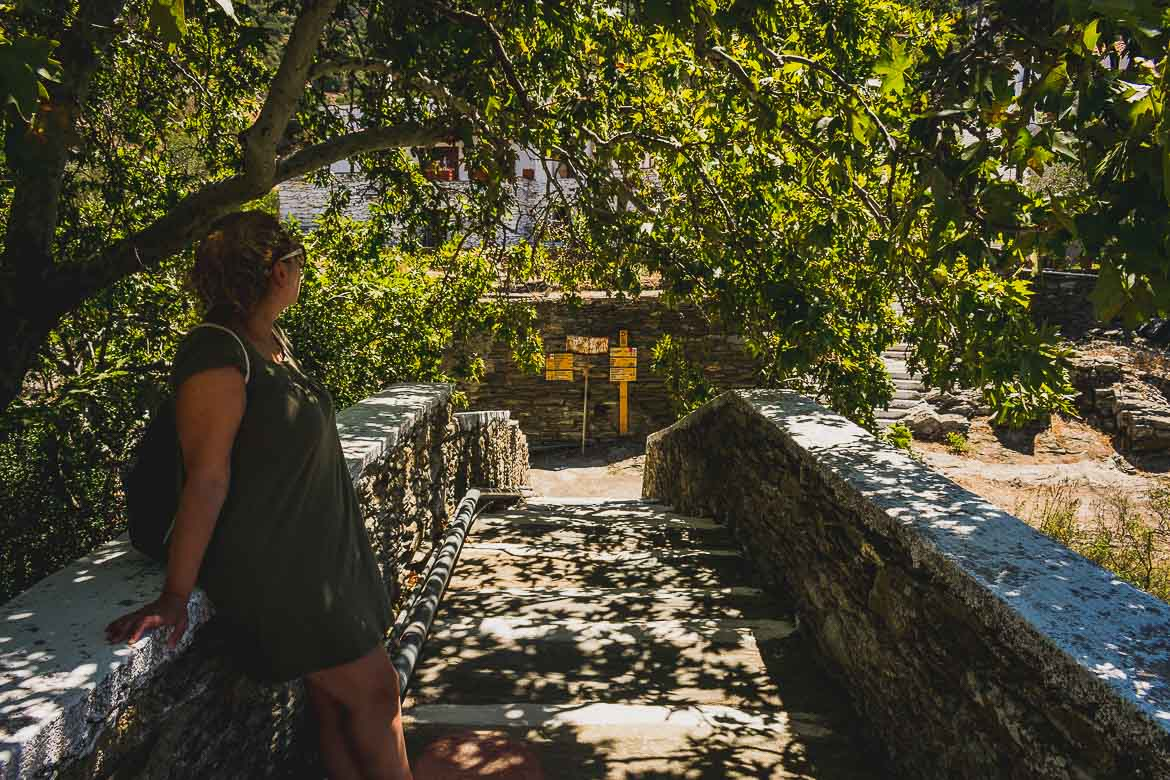 This photo shows the old stone bridge of Aladinos village. We passed this bridge on our way to one of the lesser-known caves in Greece, Foros Cave on Andros island.