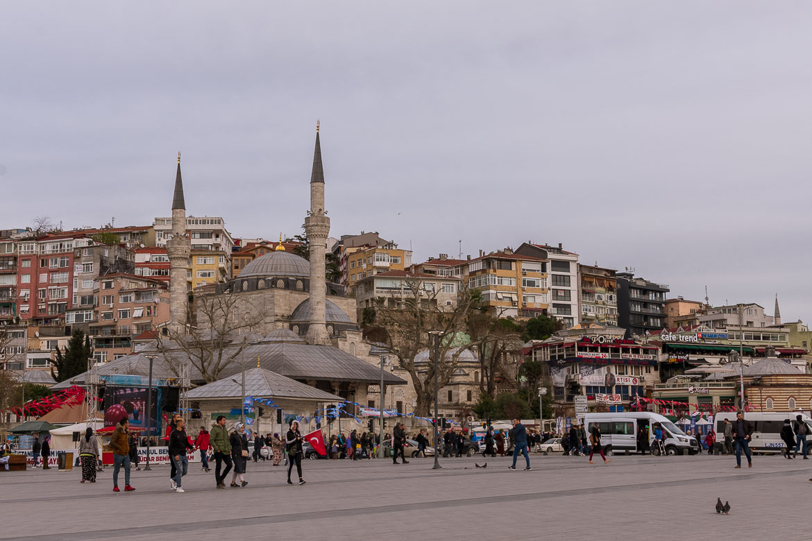 This is an image of the area around the Uskudar ferry station on the Asian side of Istanbul.