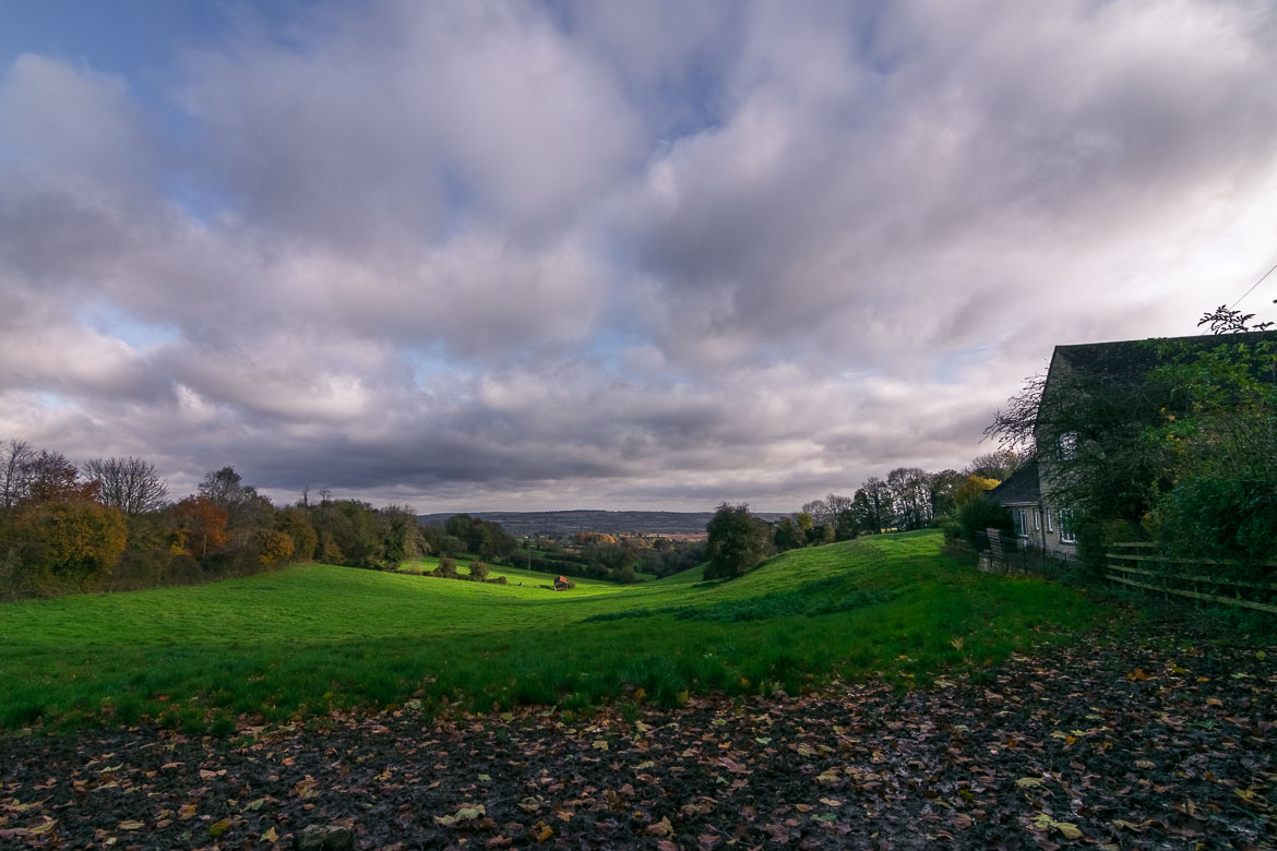 This is a snapshot of the stunning Cotswolds countryside. Green hills, honey-coloured cottages and fallen brown leaves. What more to ask for?