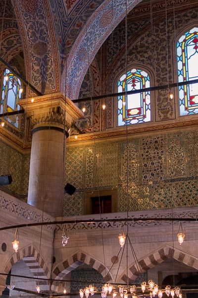 Inside the Blue Mosque. The best sightseeing tours in Istanbul.