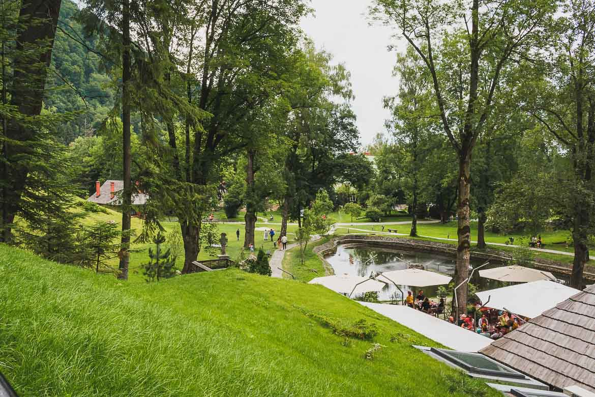 This is a photo of the Castelul Bran park. Enjoy a half day trip from Brasov to Bran Castle.