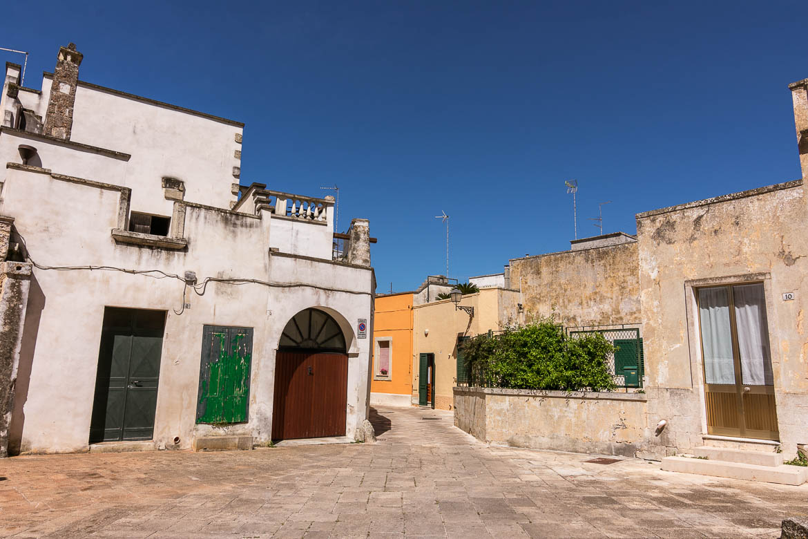 This photo shows a series of old traditional houses in Sternatia.