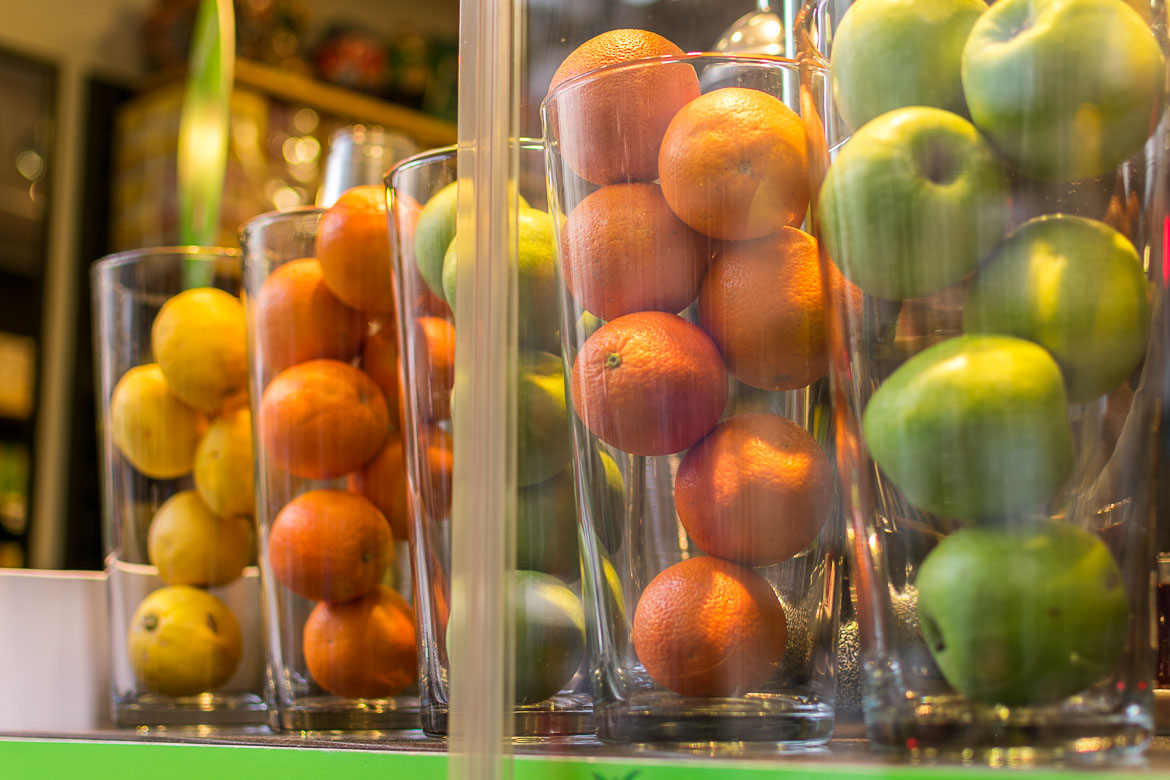 Fresh fruit juice is omnipresent in Istanbul. Istanbul food guide: Sugar, spice and love.