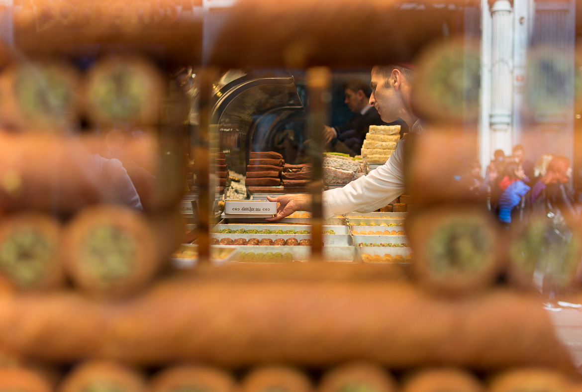 Hafiz Mustafa, with many locations across Istanbul, is one of the best pastry shops in the city. Istanbul food guide: Sugar, spice and love.