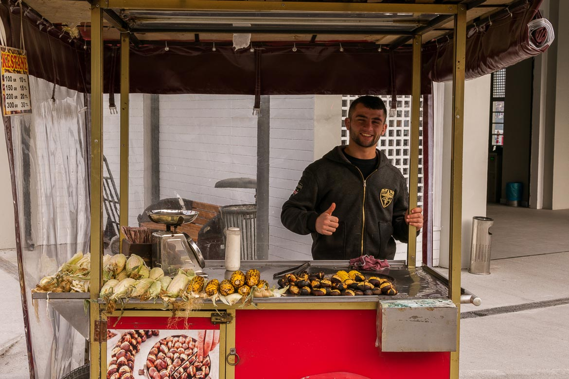 Food carts with roasted corns and chestnuts are everywhere in Istanbul. Istanbul food guide: Sugar, spice and love.