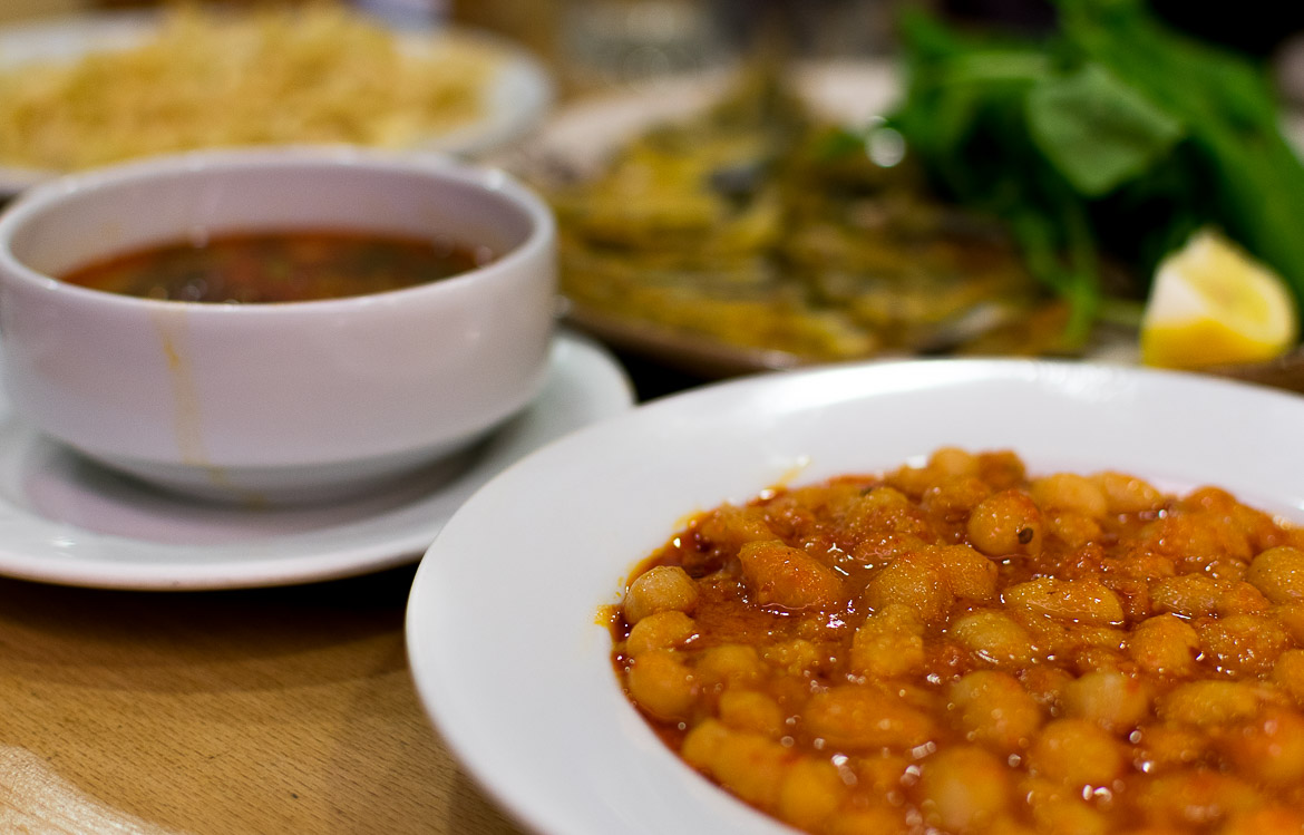 Kuru fasulye or dry beans in tomato sauce is a Turkish comfort food. Istanbul food guide: Sugar, spice and love.