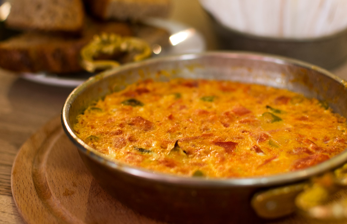 Menemen is the Turkish version of scrambled eggs. Istanbul food guide: Sugar, spice and love.