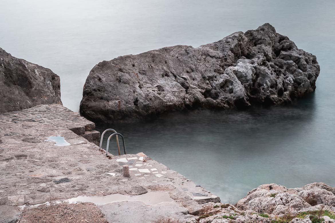 This photo shows the small jetty that's suitable for swimming. The jetty is outside the castle walls, a few metres from the main gate.
