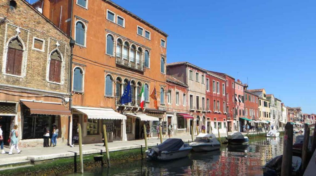 This is a photo of Fondamenta dei Vetrai in Murano, an island near Venice, Italy. What to do in Venice: our complete guide to La Serenissima.