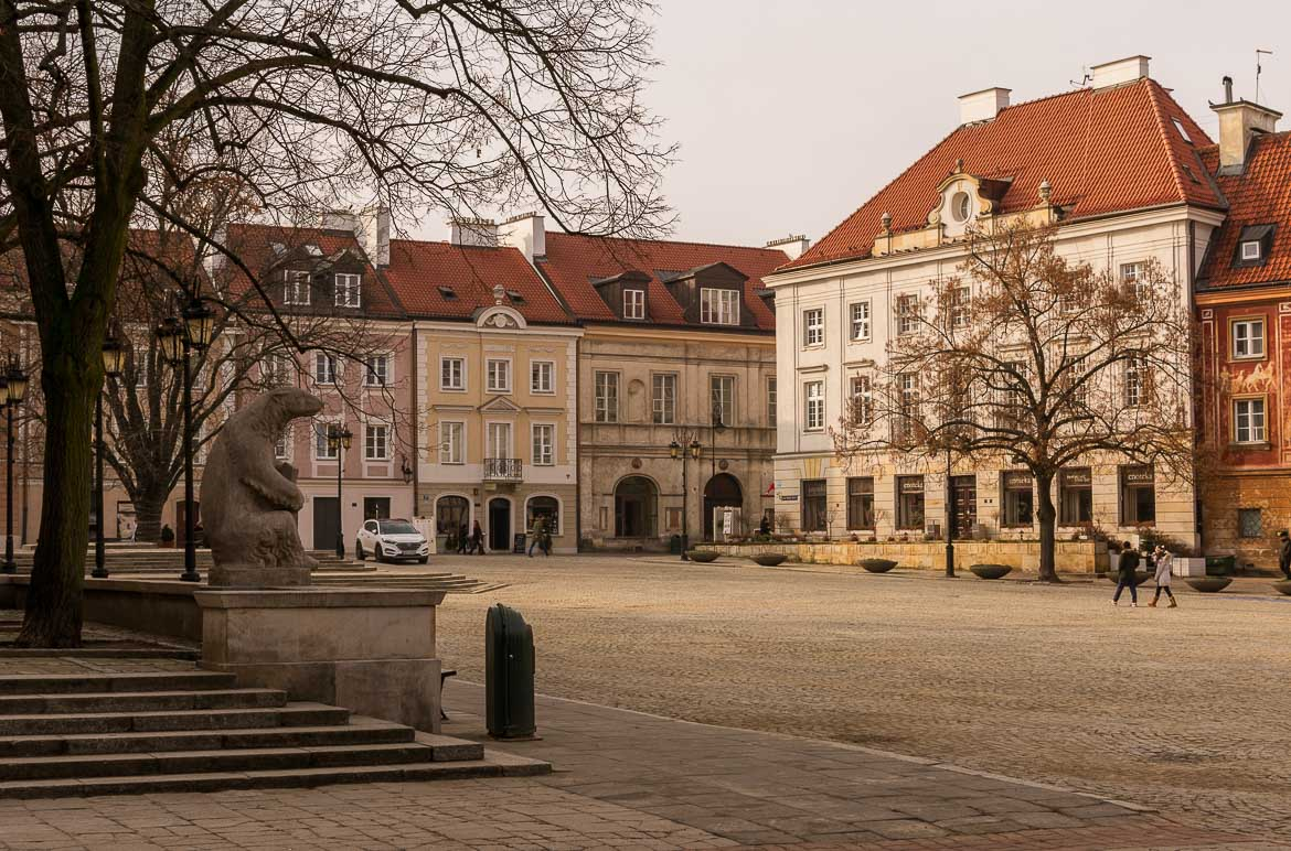 The New Town Market Square in Warsaw Poland. Winter in Warsaw. Top things to do and Warsaw city guide.