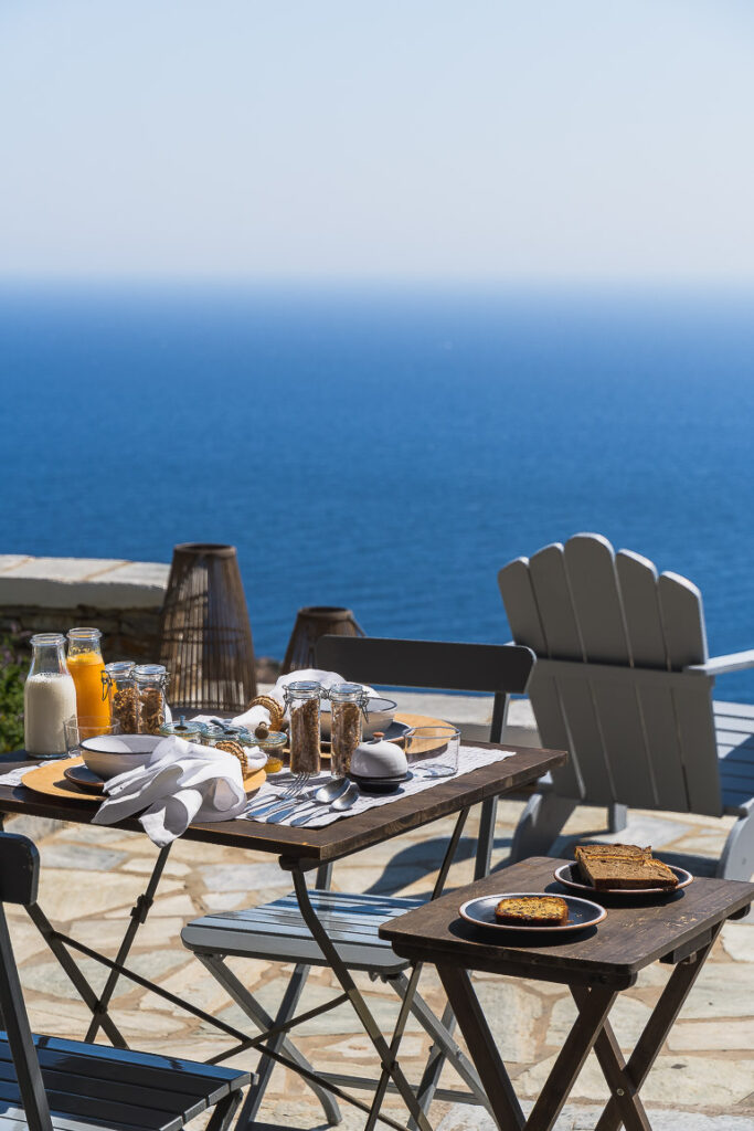 This image shows the breakfast of Verina Hotel in Sifnos.