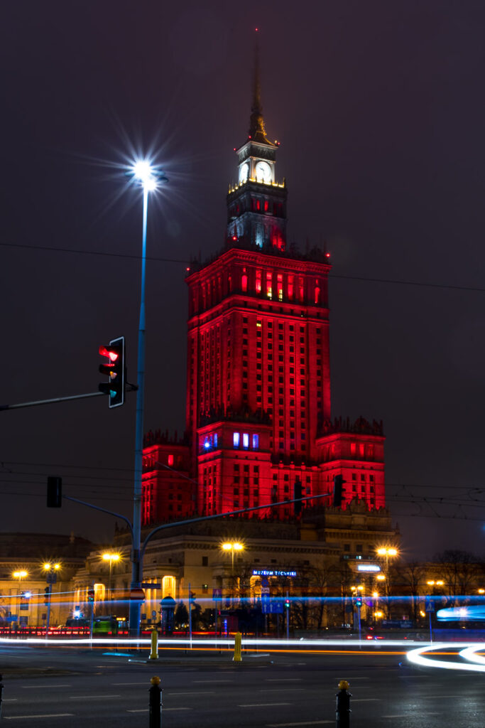 This image shows the Palace of Culture and Science in Warsaw at night.