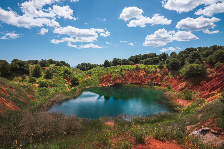 This image shows the bauxite lake in Otranto.