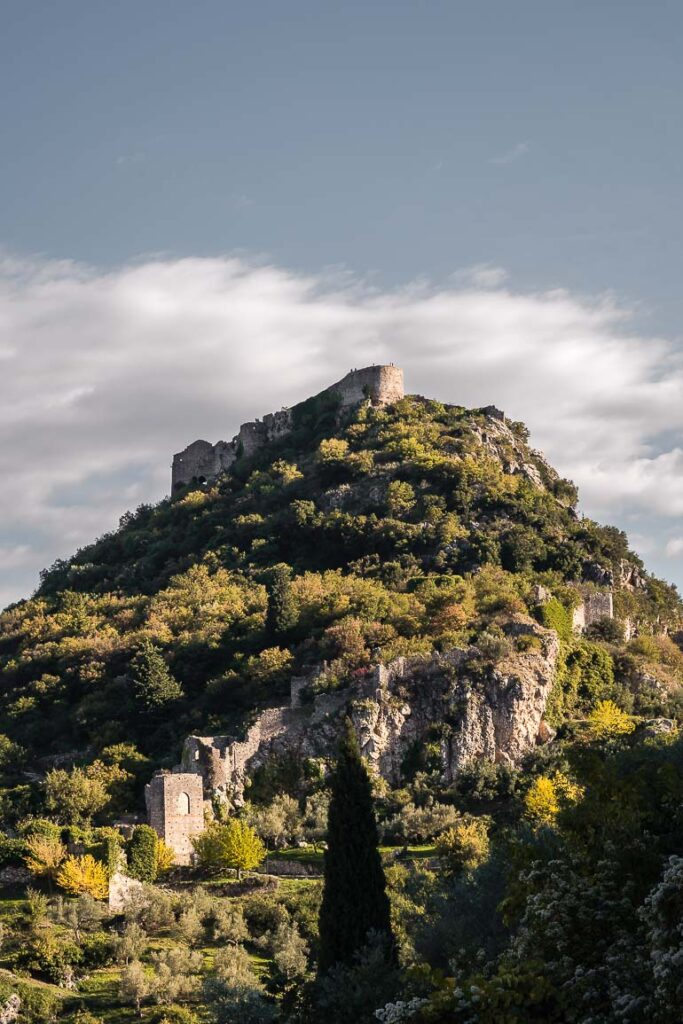 This image shows the castle town of Mystras.