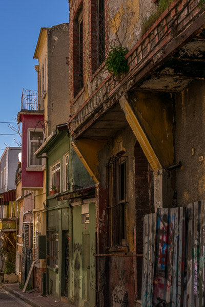 Balat neighbourhood. The best sightseeing tours in Istanbul.