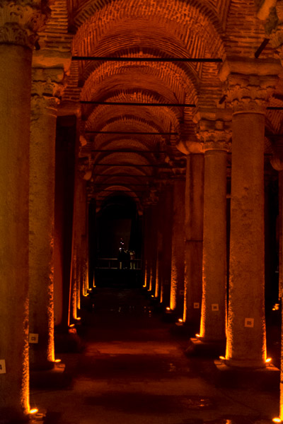 Basilica Cistern. The best sightseeing tours in Istanbul.