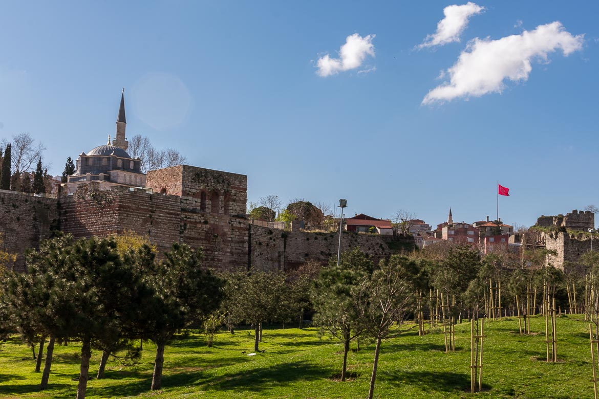 Part of Istanbul's old Byzantine Walls are still standing along the Golden Horn. The best sightseeing tours in Istanbul.