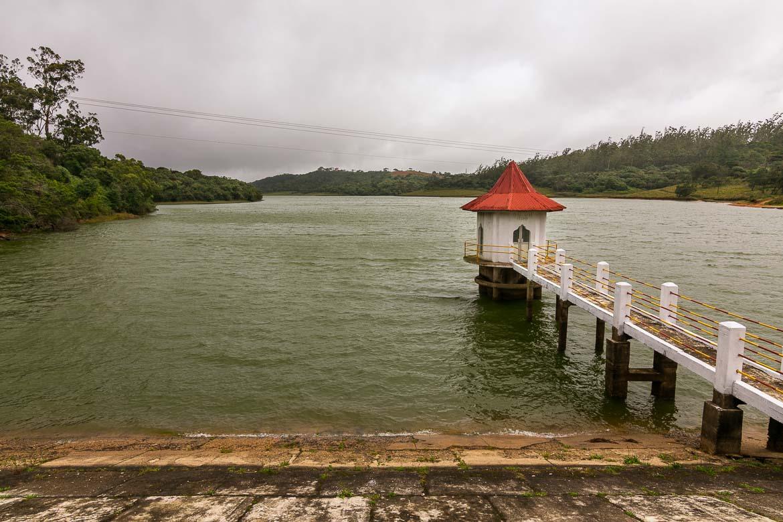 This image shows picturesque Kande Ela tank near Nuwara Eliya on a cloudy day.