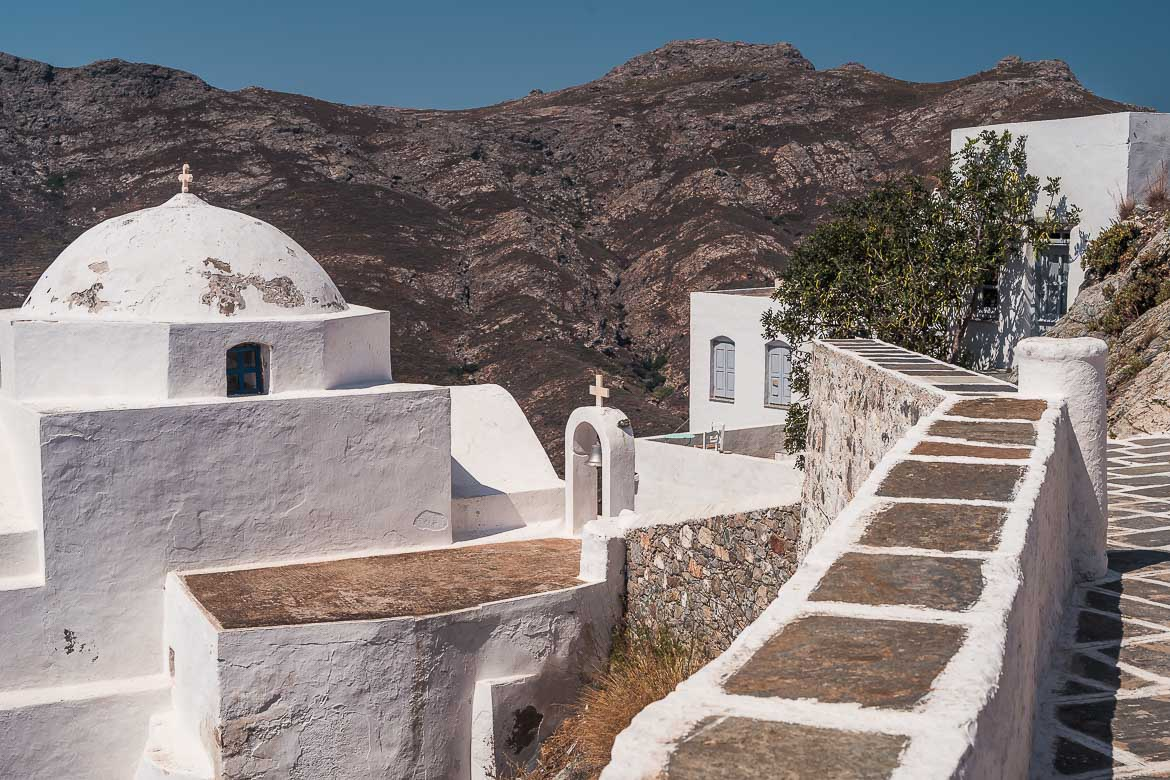 This image shows a whitewashed church near the top of the Venetian Castle in Chora Serifos.
