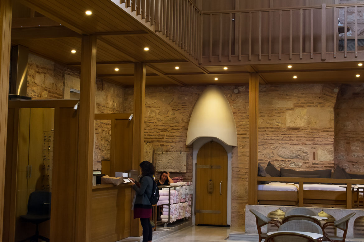 This image shows the reception area at Kilic Ali Pasa Hamami.