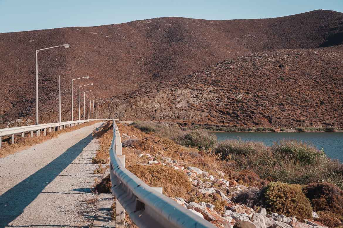 This image shows the road that leads to the dam and the artificial lake.