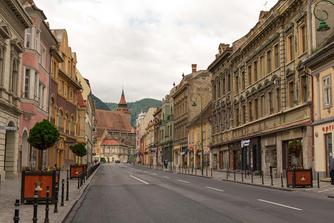 What to do in Brasov Romania in 2 days. Early morning in Strada Muresenilor.