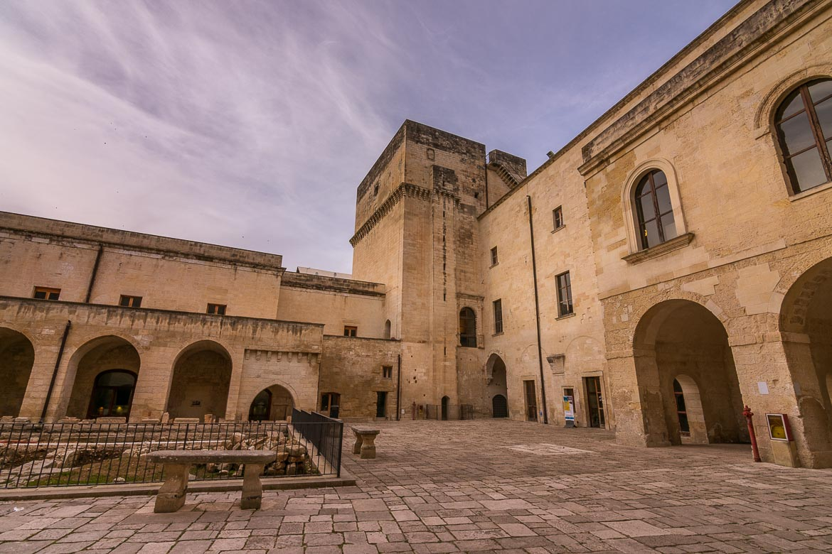 This is a photo of the interior courtyard at Lecce Castle.
