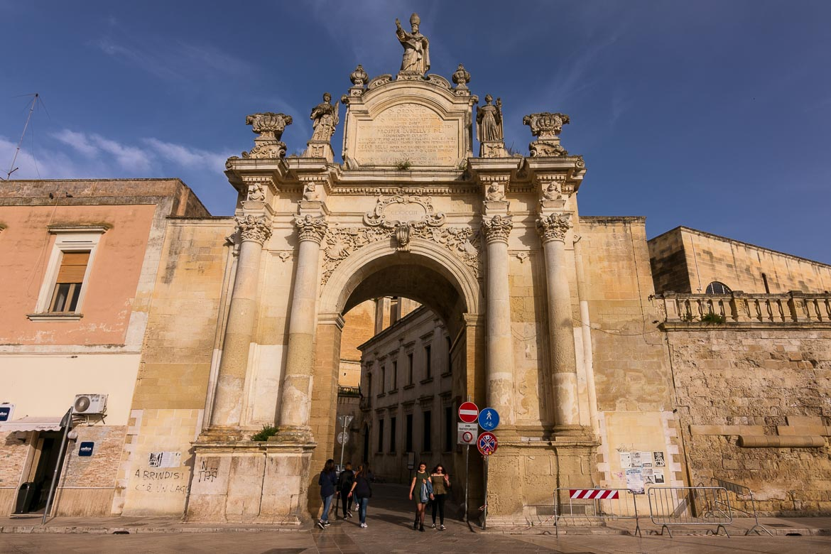 This is a photo of Porta Rudiae. Wondering what to do in Lecce? Checking out all three of the old city gates is definitely one of the best things to do in Lecce.
