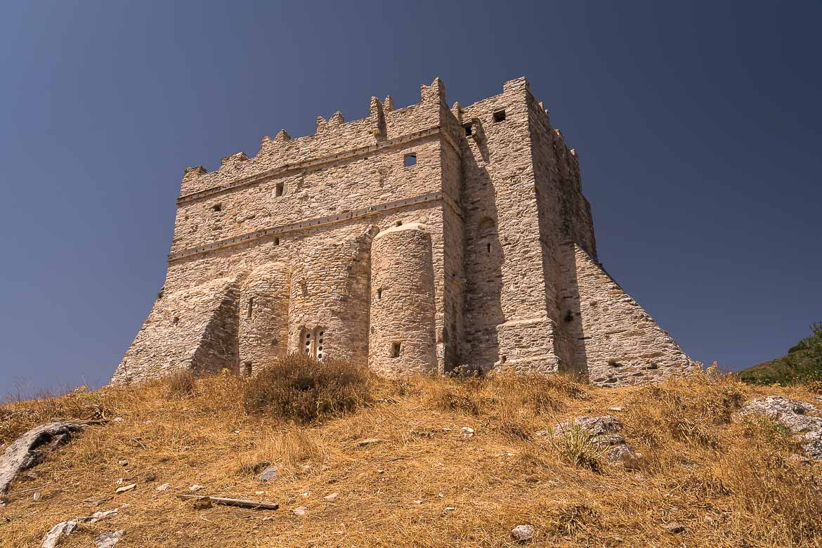 This image shows the monastery of Fotodotis, which looks like a fortress from the outside.