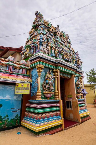 This photo shows the entrance to Koneswaram Temple. It is really colourful.
