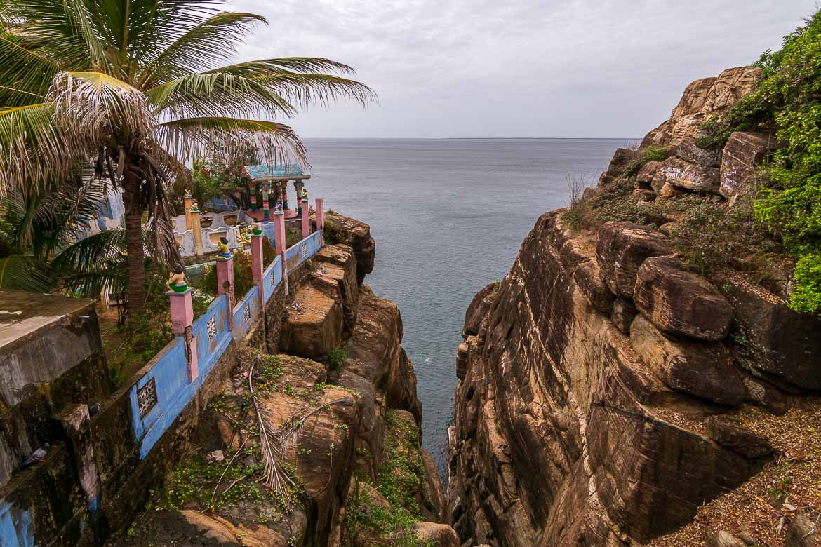 This photo shows Ravana's Cleft. It is in essence two tall rocks from which the views to the Indian Ocean are splendid.